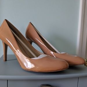 Nine West patent leather Nude heels s12